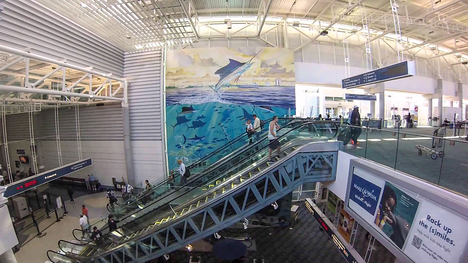 airport-customers-fll